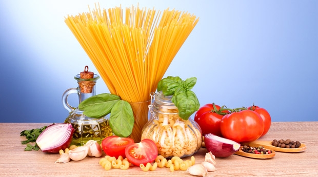 You can't forbid a tasty meal, or why do Italians eat pasta and do not get fat?